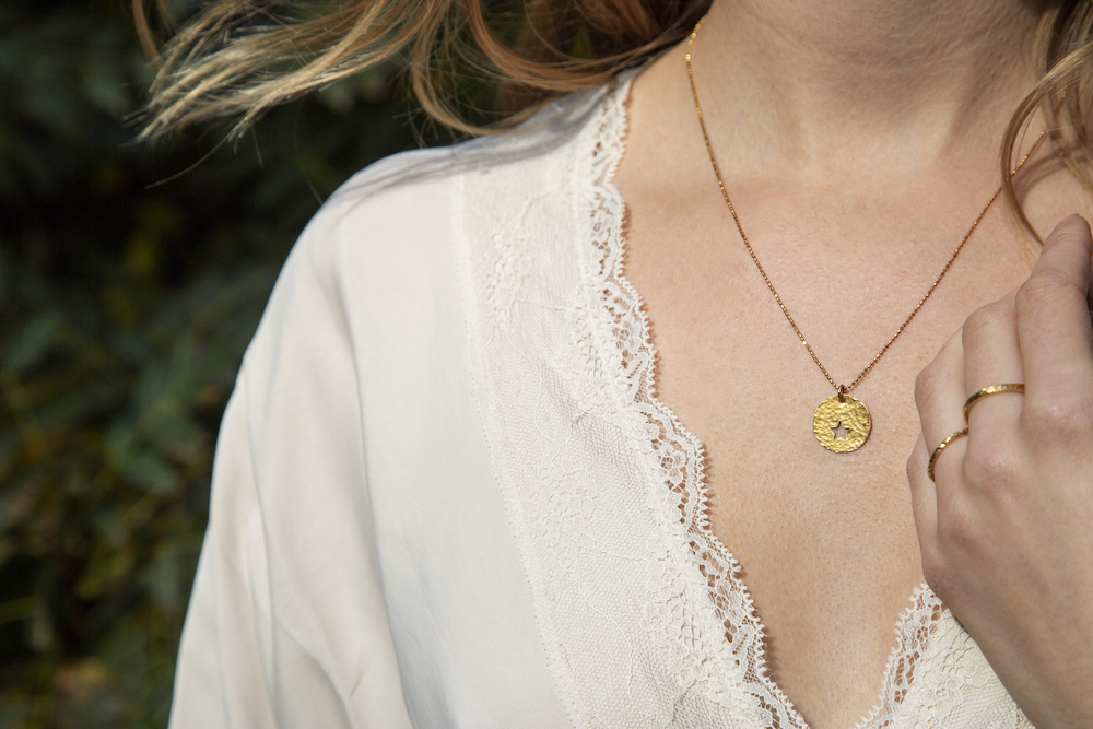 Peek a Boo star necklace Gold & rings Design Vaults Reduced